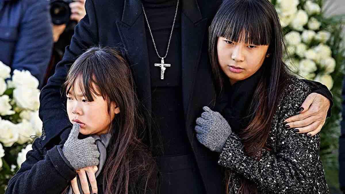 Laeticia Hallyday diffamée en public, choc pour ses filles