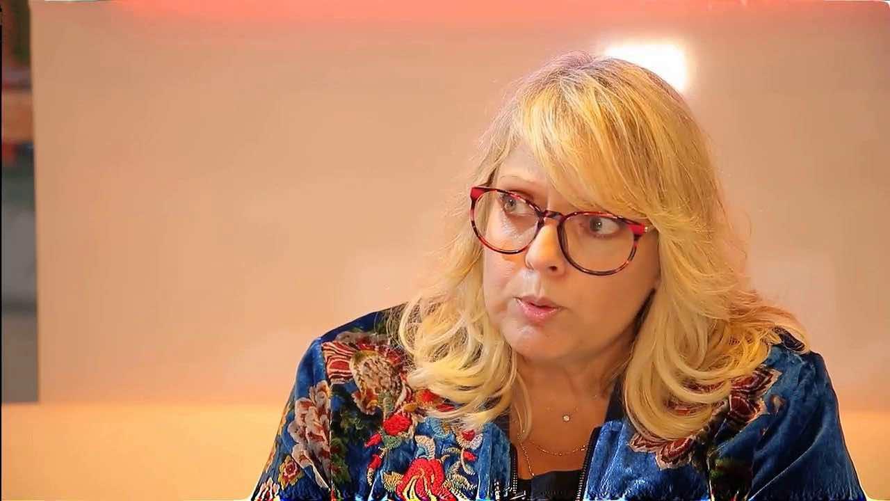 Laurence Boccolini injuriée et menacée à mort sur Facebook : l'enquête judiciaire est ouverte